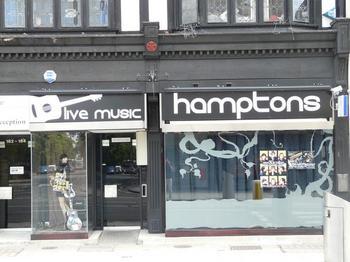 Hamptons Bar Southampton